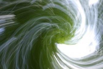 11085360-effets-abstraits-brillante-lumiere-et-de-mouvement-nature-mystique-esprits-de-la-foret[1]